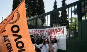 Νέο «μέτωπο» για τον Νίκο Φίλη – Προσφυγή εκπαιδευτικών στο ΣτΕ