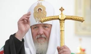 Патриарх Кирилл подписал петицию за запрет абортов в России