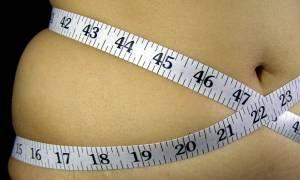 Λίπος στην κοιλιά: Πέντε λόγοι που το προκαλούν πλην της διατροφής