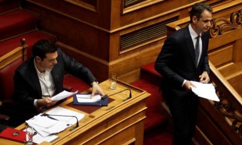 Βουλή: «Σήκωσε το γάντι» ο Τσίπρας στον Μητσοτάκη - Κατέθεσε αίτημα συζήτησης για τη διαπλοκή