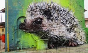 Αρτούρ Μπορντάλο, ο καλλιτέχνης που μετατρέπει τα σκουπίδια σε εντυπωσιακά γλυπτά ζώων (Pics)