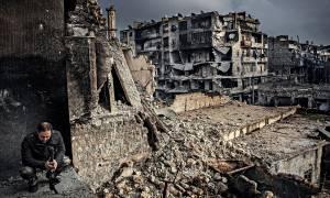 Δράμα δίχως τέλος στη Συρία: Αεροπορικές επιδρομές έπληξαν νοσοκομεία στο Χαλέπι (videos)