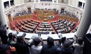 Στις 10 ή 20 Οκτωβρίου η προ ημερησίας διατάξεως συζήτηση για τη διαπλοκή