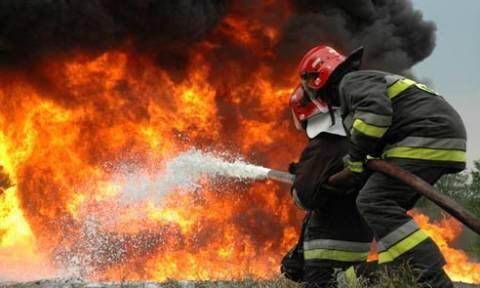 Φωτιά στη Λ. Κηφισίας - Κοντά στο νοσοκομείο «ΥΓΕΙΑ»