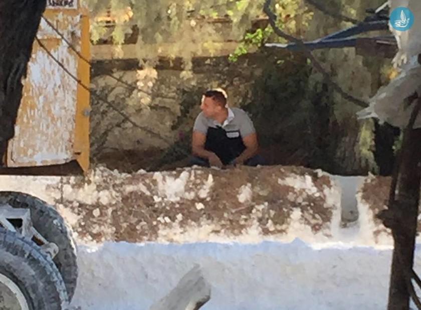 Θρίλερ στη Ρόδο με πτώμα σε λάκκο από ασβέστη (pics)