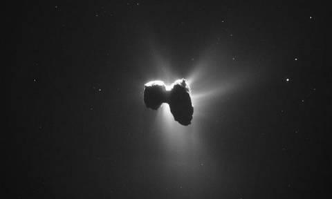 Τίτλοι τέλους για την διαστημική οδύσσεια της Ροζέτα – Προσέκρουσε σε κομήτη έπειτα από 12 χρόνια