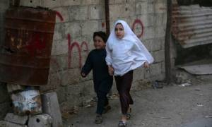Συρία: Έπληξαν με βόμβες-βαρέλια το μεγαλύτερο νοσοκομείο στο Χαλέπι (vid)
