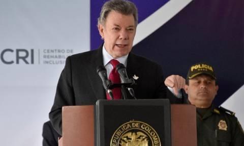 Κολομβία: Κυβέρνηση και FARC συνεχίζουν την ειρήνη παρά το «όχι» του δημοψηφίσματος