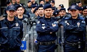Χωρίς τέλος η «επιχείρηση-σκούπα» στην Τουρκία: 12.801 αστυνομικοί εκδιώχθηκαν μετά το πραξικόπημα