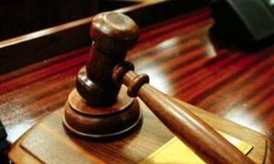 «Στριμώχνουν» την κυβέρνηση οι διοικητικοί δικαστές