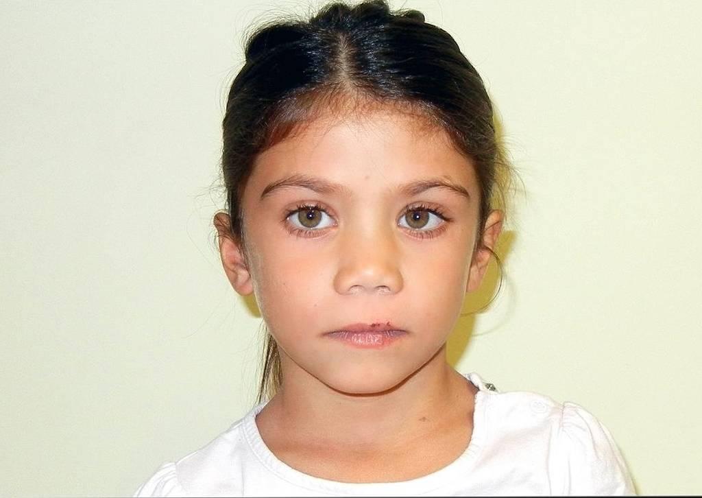 Αυτό είναι το κοριτσάκι που ζούσε με τσιγγάνους στον Τύρναβο (photos)