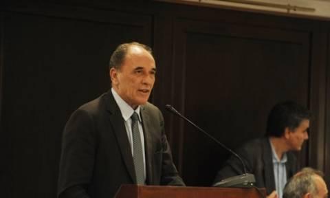 Σταθάκης: Άμεσα κατατίθεται το νομοσχέδιο για τα εταιρικά κόκκινα δάνεια