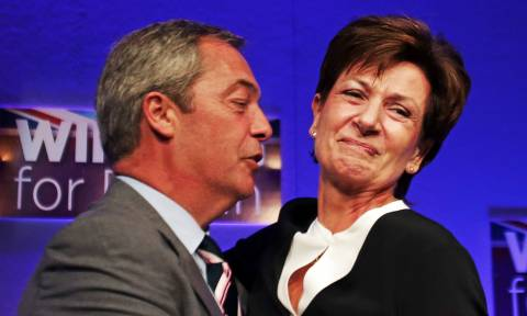 Η «κατάρα» του Φαρατζ: Παραιτήθηκε η πρόεδρος του UKIP έπειτα από μόλις 18 μέρες στην ηγεσία