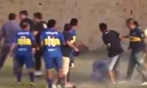 Ξύλο και βία σε ποδοσφαιρικό αγώνα της Αργεντινής (video)