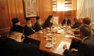 Πίσω ολοταχώς η κυβέρνηση - «Πέρασε» του Ιερώνυμου για τα Θρησκευτικά