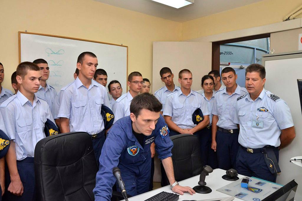 Πολεμική Αεροπορία: Επίσκεψη Σχολής Ικάρων στην 114ΠΜ (pics)
