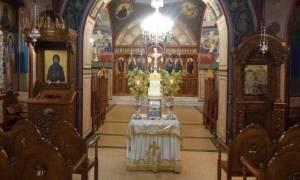 Συγκίνηση στο προσκύνημα της Τιμίας Κάρας του Οσίου Στυλιανού στη Φιλοθέη (pics)