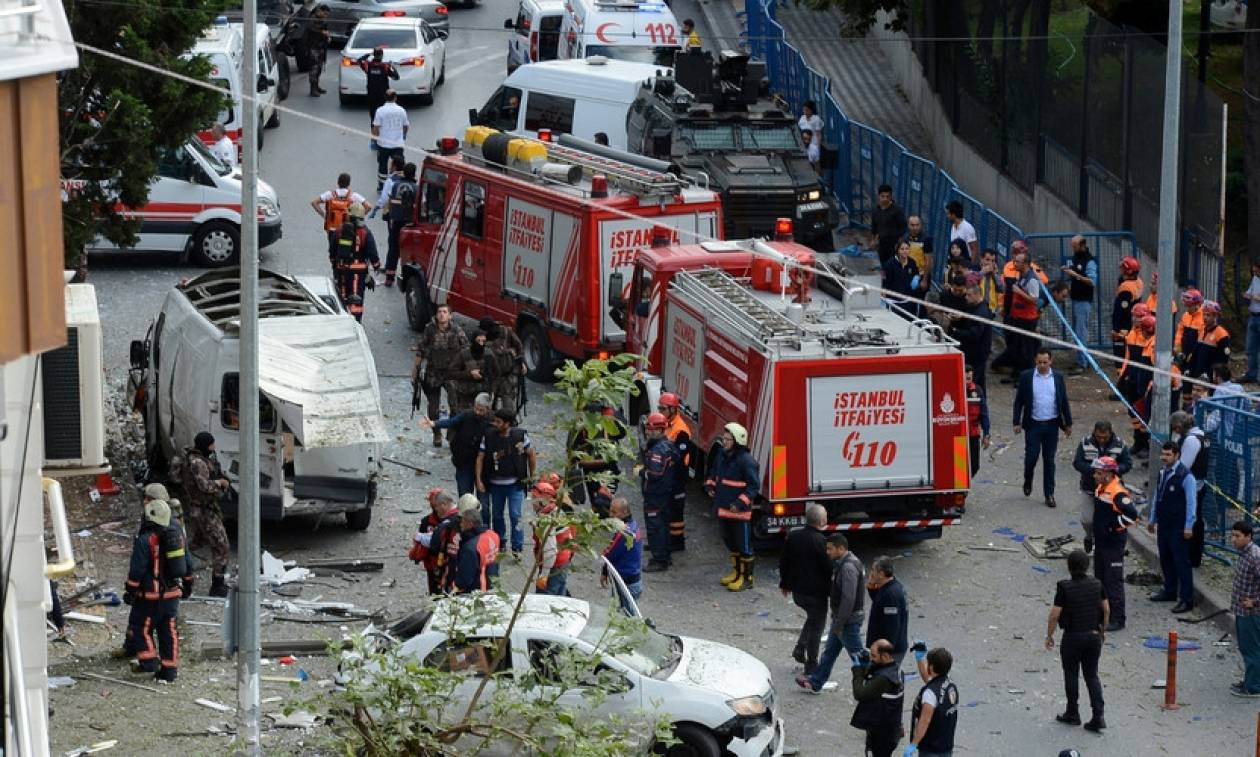 Ισχυρή έκρηξη στην Κωνσταντινούπολη - Αρκετοί τραυματίες (pics+vid)