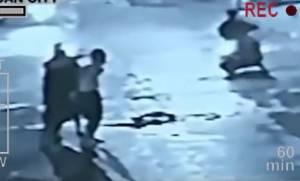 Βίντεο σοκ: Πολίτες εκτέλεσαν έμπορο ναρκωτικών στη μέση του δρόμου