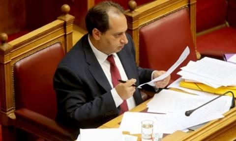Βουλή: Εν μέσω θύελλας ψηφίστηκε το νομοσχέδιο για την Υπηρεσία Πολιτικής Αεροπορίας
