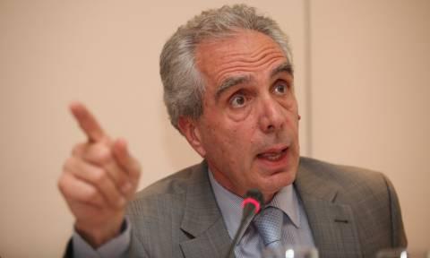 «Έκρηξη» Λουράντου στο ΣτΕ για το ιδιοκτησιακό των φαρμακείων