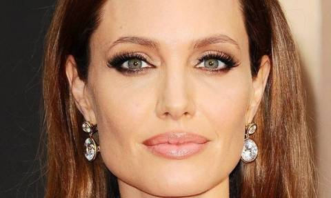 «Γελάνε και οι πέτρες»: Αυτό που ζητάει η Angelina Jolie από την Aniston είναι αδιανόητο