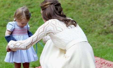 Δεκαπέντε φορές που η Kate Middleton ήταν απλώς... μία κανονική μαμά!