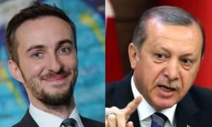 Δικηγόρος του Ερντογάν κατέθεσε έφεση για το σατιρικό ποίημα του Γερμανού κωμικού