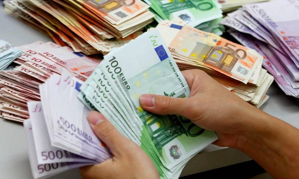 Fitch: «Θα αργήσει η δεύτερη αξιολόγηση του ελληνικού προγράμματος»