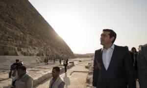 Ο Αλέξης Τσίπρας στις πυραμίδες της Αιγύπτου (pics)