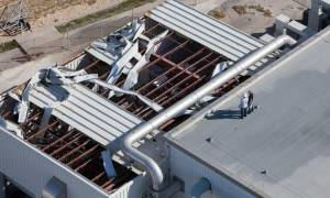Ο τυφώνας Μάθιου προκάλεσε σοβαρές ζημιές στο Διαστημικό Κέντρο της NASA (pics+vid)