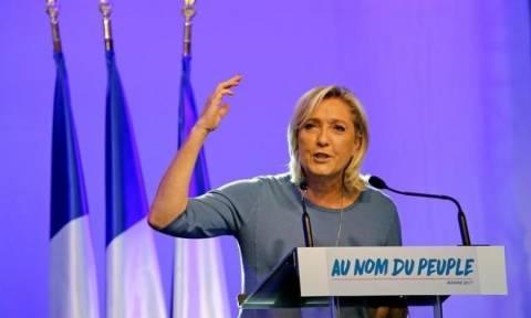 Γαλλία: «Η σκοτεινή πλευρά της Μαρίν ΛεΠεν»… σε κόμικ