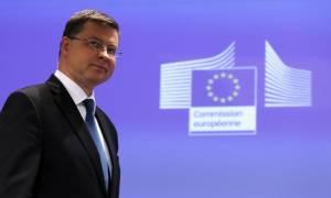 Ντομπρόβσκις: Η Ελλάδα θα πετύχει τον στόχο του 0,5% για το πρωτογενές πλεόνασμα