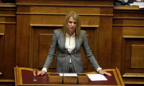 Η Θεοδώρα Τζάκρη στο Newsbomb.gr: Η Ελλάδα είναι χώρα επενδύσεων