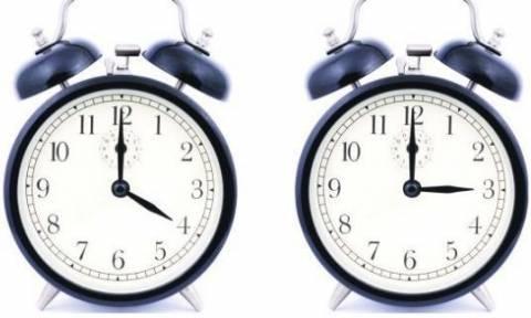 Χειμερινή ώρα: Πότε θα γυρίσουμε τα ρολόγια μια ώρα πίσω;