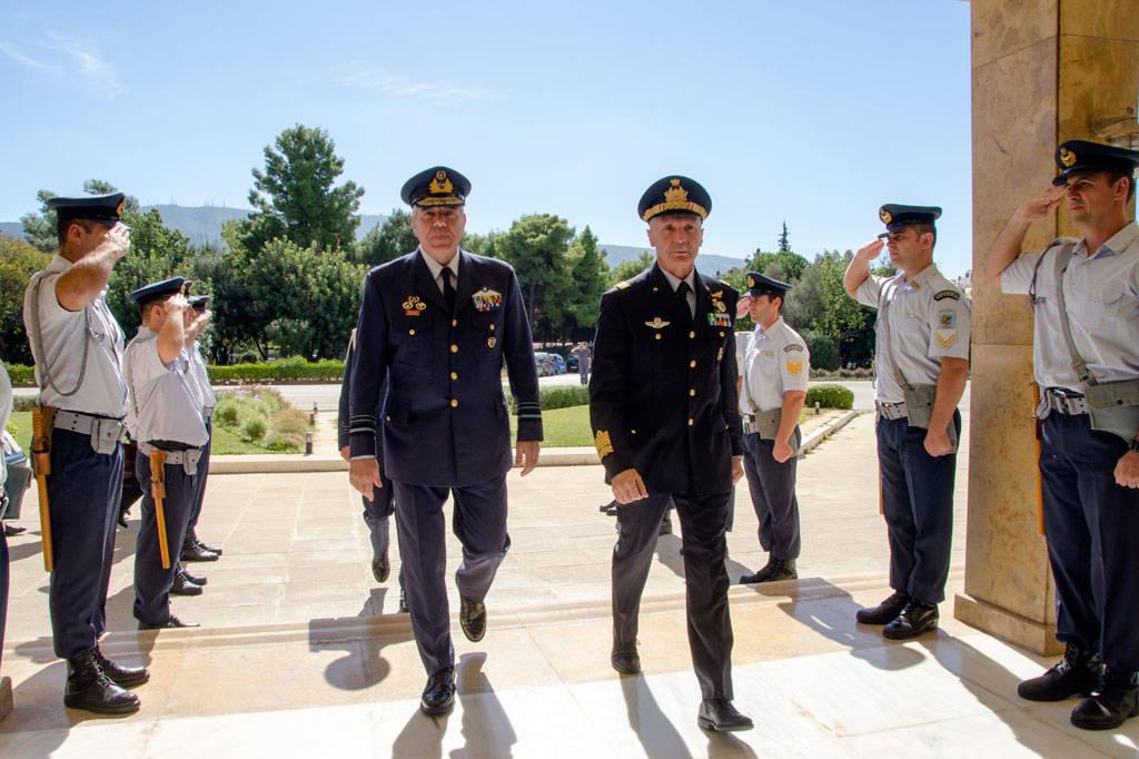 Συνάντηση Αρχηγού ΓΕΑ με τον Αρχηγό της Ιταλικής Πολεμικής Αεροπορίας