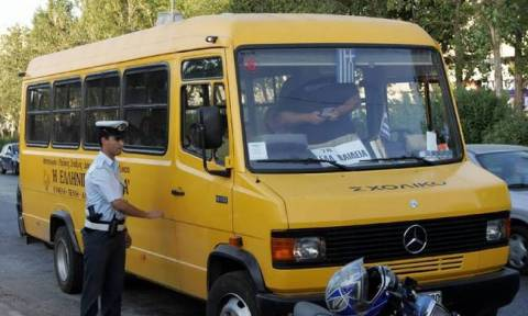 Μπαράζ παραβάσεων σε σχολικά λεωφορεία εντόπισε η Τροχαία