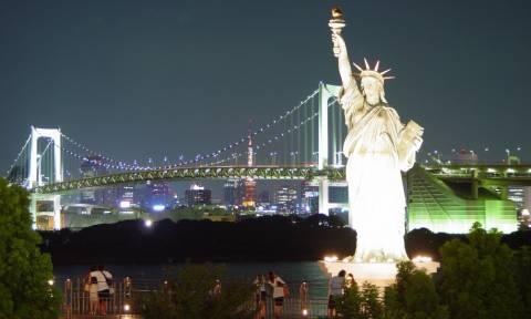 Τι ξεκινά από την Νέα Υόρκη και προορίζεται για όλες τις πόλεις του κόσμου