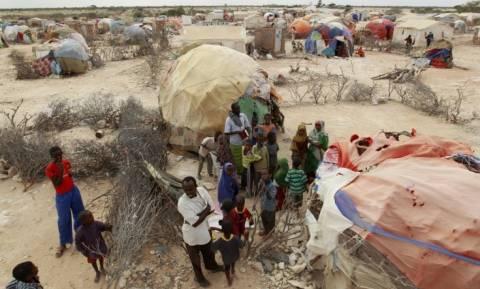 Σομαλία: Τουλάχιστον 11 νεκροί και 50.000 εκτοπισμένοι σε μάχες