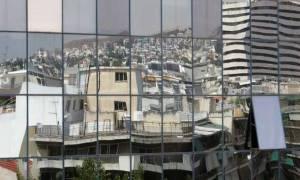 Οι τράπεζες «χτυπούν» τα σπίτια για να διώξουν τους οφειλέτες σε περίπτωση άγονου πλειστηριασμού