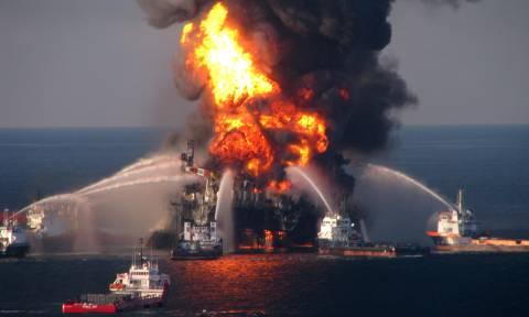 Συναγερμός στη Νορβηγία: Πυρκαγιά  σε πλατφόρμα παραγωγής πετρελαίου στη Βόρεια Θάλασσα