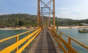 Κατέρρευσε γέφυρα στο Μπαλί: Τουλάχιστον 9 νεκροί και 18 τραυματίες (pics)
