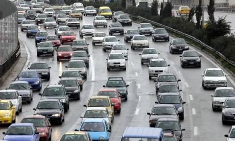 ΤΩΡΑ: Ισχυρές βροχές πλήττουν την Αττική – Κυκλοφοριακό έμφραγμα