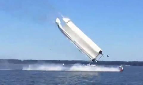 Τρομακτικό δυστύχημα με σκάφος: Ακαριαίος θάνατος για δύο αθλητές (Vid)