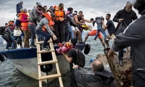 Εκατοντάδες μετανάστες πέρασαν στα νησιά του βόρειου Αιγαίου τις τελευταίες ημέρες