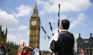 Ραγδαίες εξελίξεις στο θέμα απόσχισης της Σκωτίας από τη Βρετανία – Κατατέθηκε σχέδιο νόμου