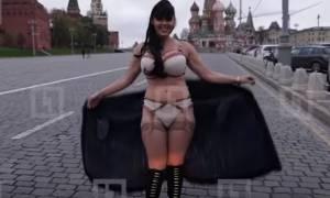 Η επική απάντηση του Πούτιν σε ημίγυμνη ερωτική εξομολόγηση τραγουδίστριας (video)
