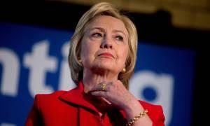 ΗΠΑ: Εκκενώθηκε το κεντρικό προεκλογικό γραφείο της Χίλαρι λόγω «ύποπτης σκόνης»