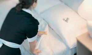 Έτσι «καθάριζε» τα πορτοφόλια των τουριστών η Κύπρια καμαριέρα - Εξωφρενικό ποσό στο σπίτι της
