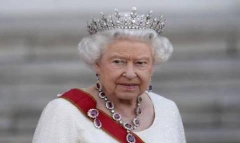 Βασίλισσα Ελισάβετ: «Ερχεται παγκόσμιος πόλεμος που θα φέρει τους Έσχατους Καιρούς»